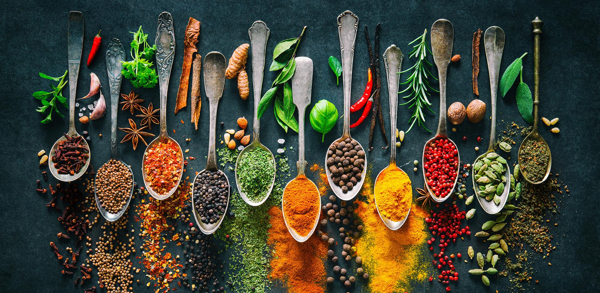 Przyprawy, które podkręcają smak i metabolizm